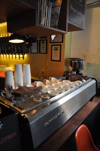 Another shot of the La Marzocco at Coffee Lab